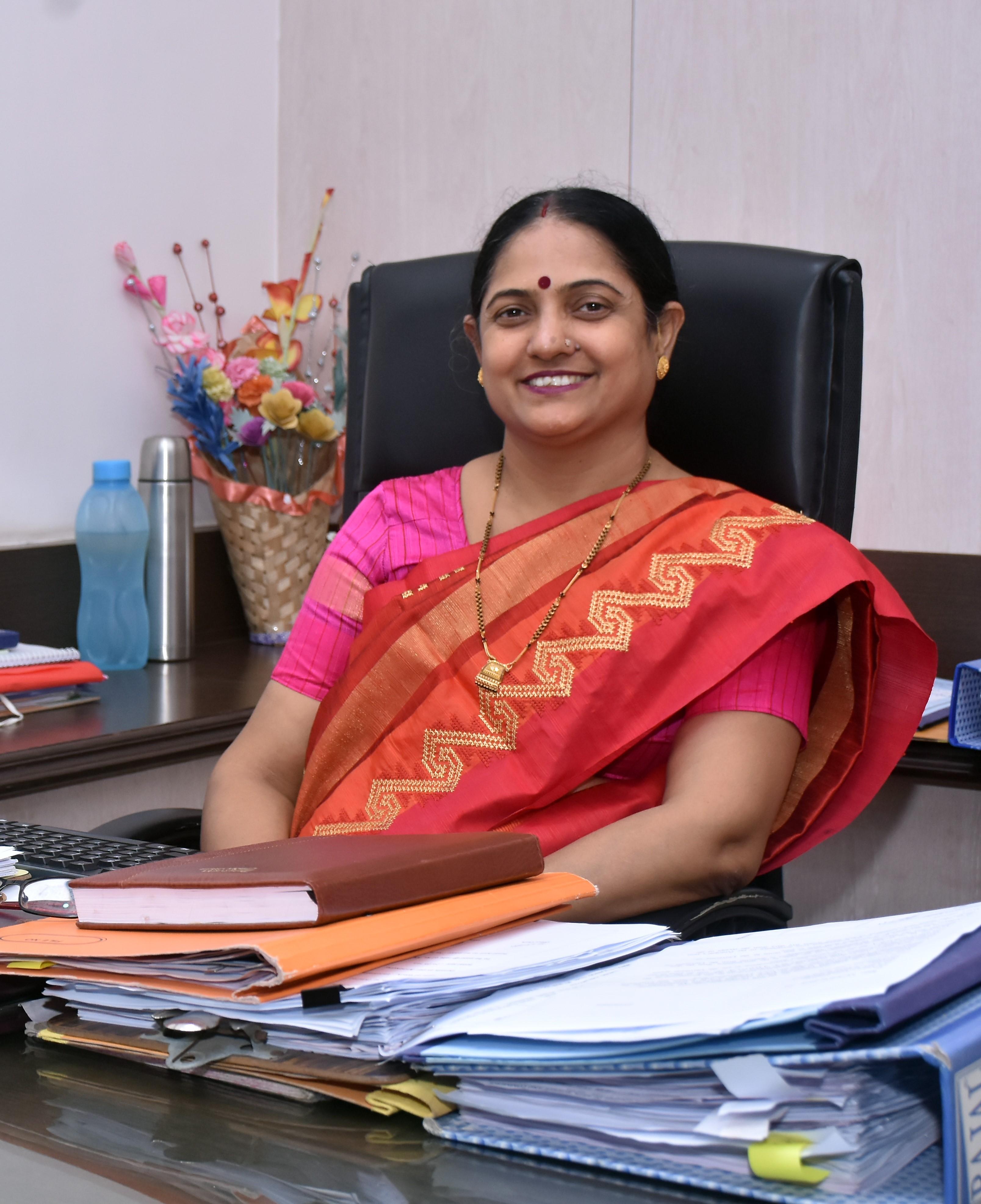 Dr. Anita Kanwar