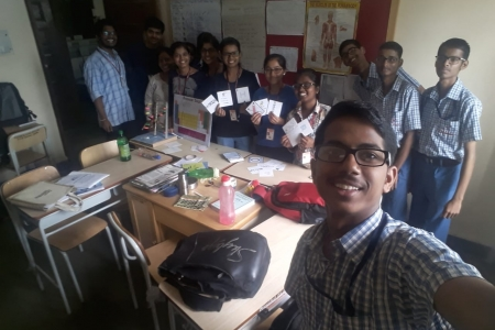 students-helping-make-teaching-aids-at-rochiram-thadhani-high-school-for-hearing-handicapped