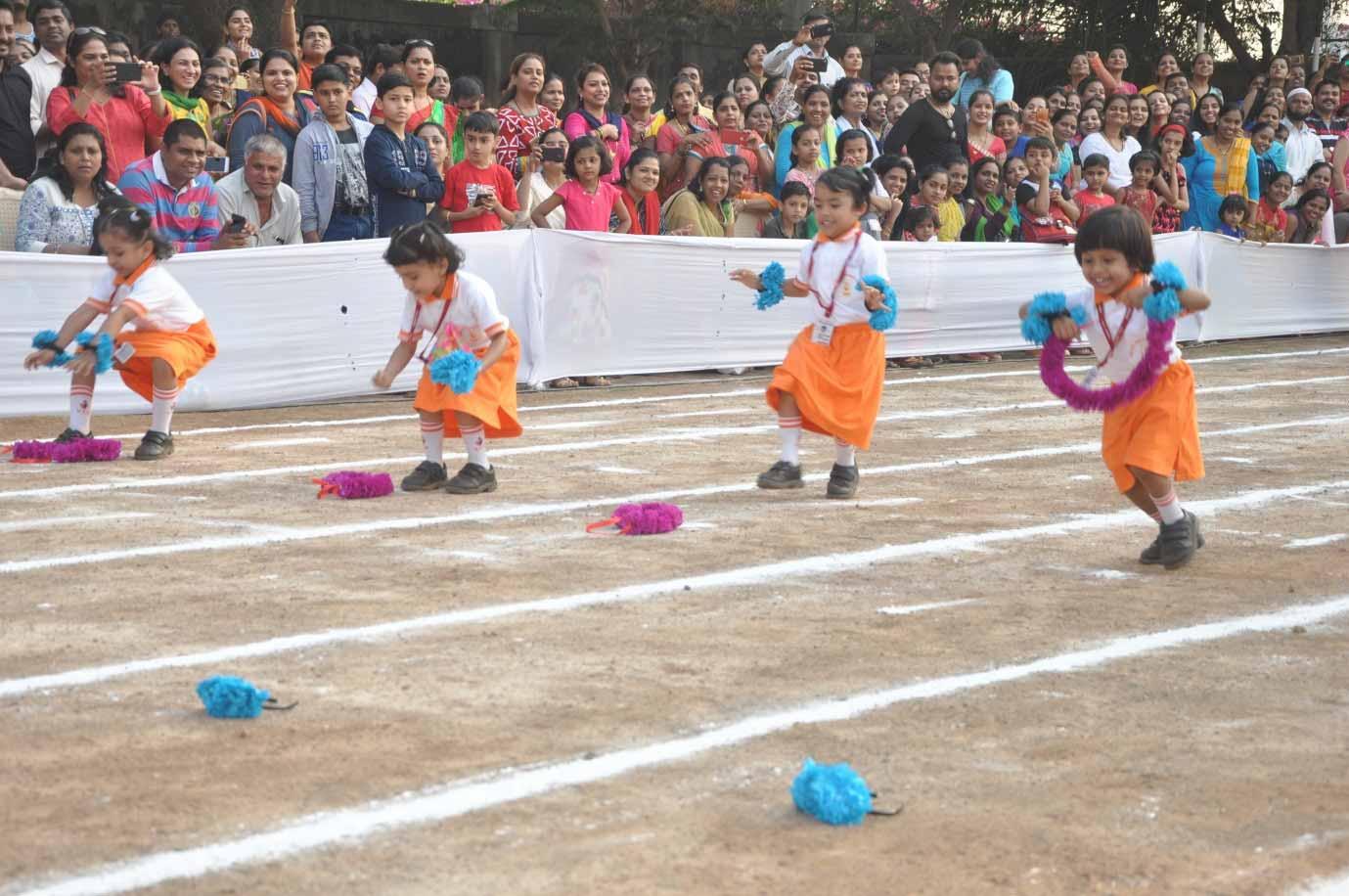 VES DBC Nursery's Annual Sports Day's Hawaiian Race